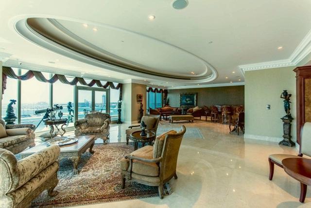 Khám phá căn penthouse trị giá gần 400 tỷ đồng của VĐV kiếm tiền giỏi nhất hành tinh: Thích đi Ferrari, Limousine, máy bay trực thăng hay phản lực, chỉ cần bấm 1 nút - Ảnh 3.