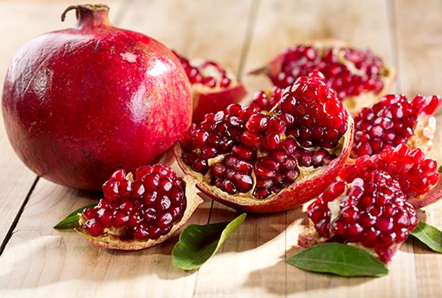 13 thực phẩm thần thánh cho hệ miễn dịch khỏe mạnh: Người già, trẻ nhỏ cần bổ sung tăng cường trong ngày thời tiết khắc nghiệt - Ảnh 2.