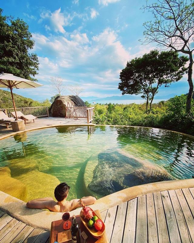 """8 resort biệt lập 5 sao đang có giá siêu """"hời"""" bên ngoài thành phố biển Nha Trang: Nơi hoàn hảo để rũ bỏ muộn phiền và hòa mình vào thiên nhiên - Ảnh 3."""