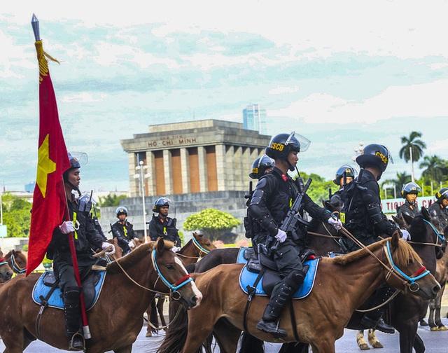 Chức năng, nhiệm vụ của đoàn Cảnh sát Cơ động Kỵ binh là gì? - Ảnh 1.