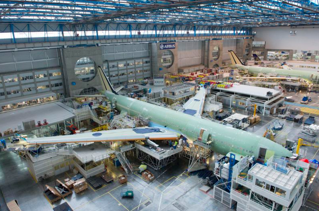 Vì Covid-19, Airbus cắt giảm gần 15.000 việc làm trên toàn cầu - Ảnh 2.