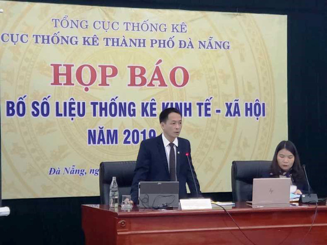 Cục trưởng Cục Thống kê Trần Văn Vũ lý giải cách Covid-19 khiến GRDP của Đà Nẵng tăng trưởng âm nhưng khẳng định tình hình tháng 6 đã khả quan - Ảnh 1.