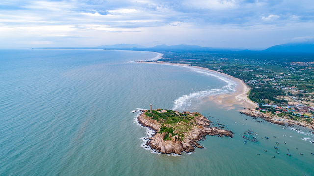 Vì sao thị trường BĐS nghỉ dưỡng ven biển gần Tp.HCM có cơ hội bứt phá? - Ảnh 2.