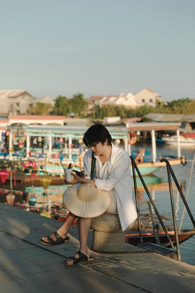 Ở Hội An chóng vánh một ngày vẫn có được vài chục tấm ảnh sống ảo từ các góc phố cổ đến đi thuyền trên sông Hoài - Ảnh 7.