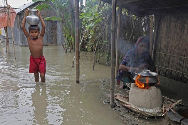 Chùm ảnh: Thời tiết cực đoan, dị thường gia tăng chưa từng thấy; thế giới oằn mình hứng đòn - Ảnh 10.