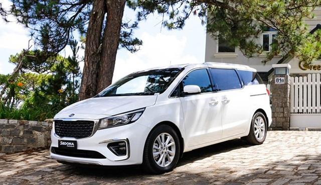Giá ô tô liên tục giảm sâu, cao nhất lên tới 200 triệu đồng - Ảnh 4.