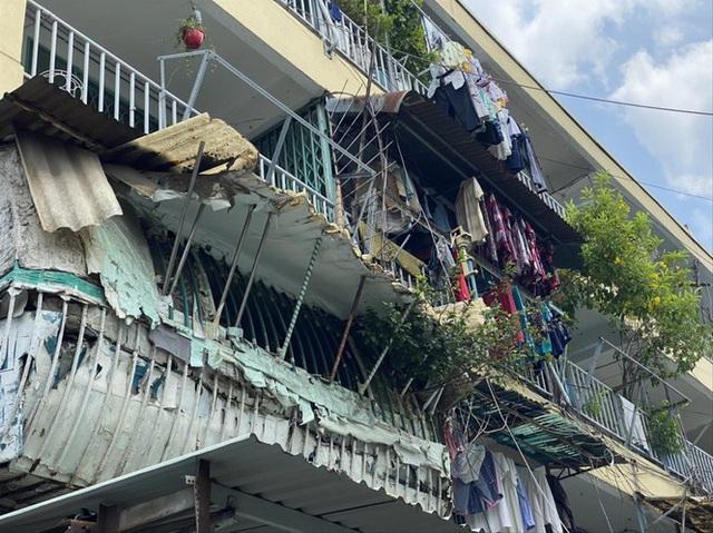 Hàng loạt chung cư ở TPHCM…chờ sập - Ảnh 1.