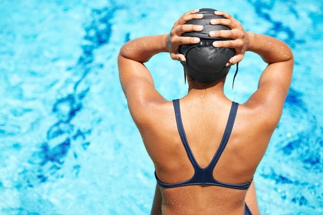 Bợi lội có thể dễ dàng đốt cháy một lượng lớn calo giúp cơ thể giảm mỡ thừa, nhưng có hiệu quả hơn chạy bộ hay đi xe đạp hay không? - Ảnh 1.