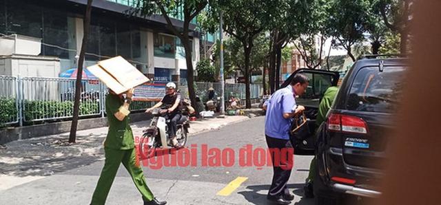 Khám xét nhà ông Trần Trọng Tuấn và ông Trần Vĩnh Tuyến  - Ảnh 2.