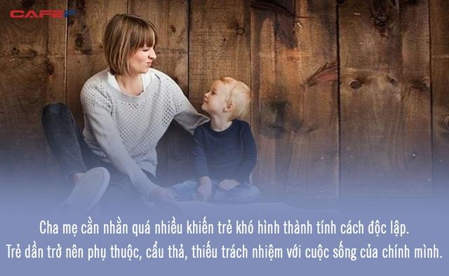 3 biểu hiện sai lầm, gây phản tác dụng trong việc giáo dục con của bậc làm cha mẹ  - Ảnh 1.