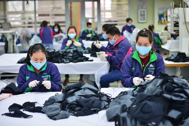 Hàng loạt đơn hàng bị huỷ, doanh nghiệp dệt may gặp khó trong dịch Covid-19 - Ảnh 1.