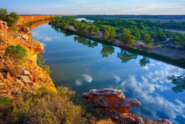 Thực hư tin đồn Trung Quốc mua hết nguồn nước của Úc - Ảnh 1.