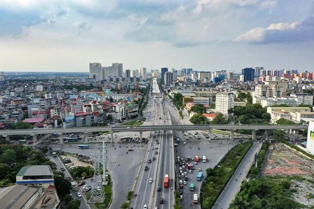 [Ảnh] Toàn cảnh đường vành đai 3 Mai Dịch - Nam Thăng Long nhìn từ trên cao sau gần 2 năm thi công - Ảnh 7.