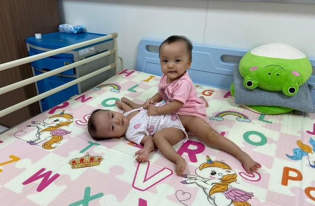 Ca phẫu thuật tách rời cặp song sinh đã thành công, đưa Trúc Nhi - Diệu Nhi ra khỏi phòng mổ - Ảnh 16.