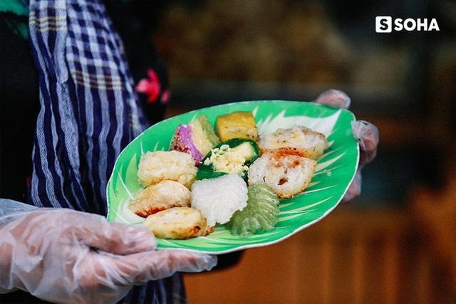 Người Việt Nam làm chuối nếp nướng ngon nhất thế giới: Từ hộ nghèo bán rong đến doanh thu 400 triệu đồng/tháng - Ảnh 9.