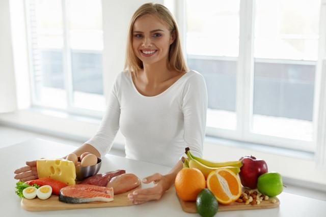 Sau tuổi 40, cơ thể trải qua sự thay đổi lớn: Bạn càng sớm điều chỉnh chế độ dinh dưỡng, sức khỏe càng bền lâu - Ảnh 1.