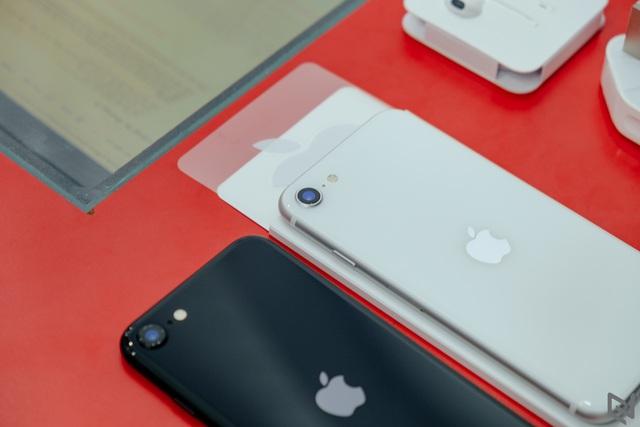 Galaxy Note 10+, iPhone XS Max, iPhone 11... đồng loạt rớt giá mạnh, nhiều nhất lên tới gần 10 triệu đồng - Ảnh 4.
