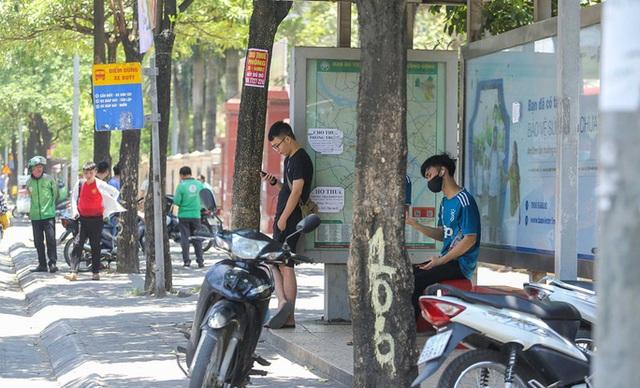 Xe buýt ế khách trong những ngày Hà Nội nắng nóng gay gắt - Ảnh 6.