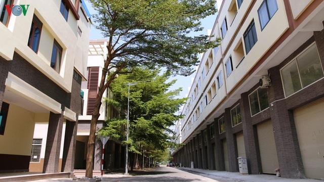 Hàng trăm biệt thự, nhà phố tiền tỷ bỏ hoang ở thành phố mới Bình Dương - Ảnh 6.