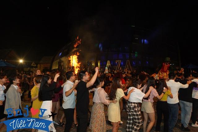 Bộ ảnh đêm khiến du khách ao ước Đà Nẵng thức khuya hơn - Ảnh 8.