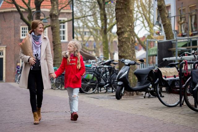 Hé lộ bí mật giúp người Hà Lan nuôi dạy thành công những đứa trẻ hạnh phúc, có điều còn đi ngược lại với suy nghĩ của cả thế giới - Ảnh 2.