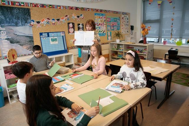 Hé lộ bí mật giúp người Hà Lan nuôi dạy thành công những đứa trẻ hạnh phúc, có điều còn đi ngược lại với suy nghĩ của cả thế giới - Ảnh 4.