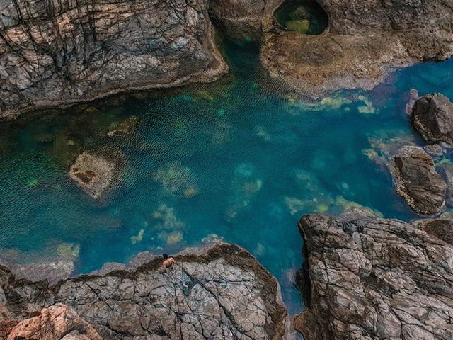 """Ngay tại Việt Nam cũng có 3 """"hồ bơi giữa biển"""" đẹp y hệt nước ngoài, hoang sơ đến nỗi rất hiếm du khách biết đến - Ảnh 6."""