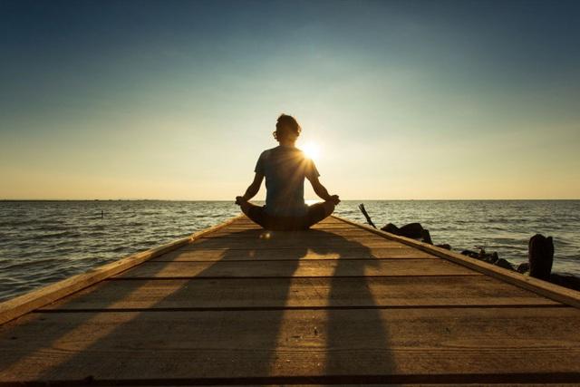 Tập thiền không ngừng suốt 48 năm, tôi đã sống được một đời mãn nguyện không hối tiếc: Tinh thần thêm kiên cường, hạnh phúc càng dài lâu - Ảnh 2.