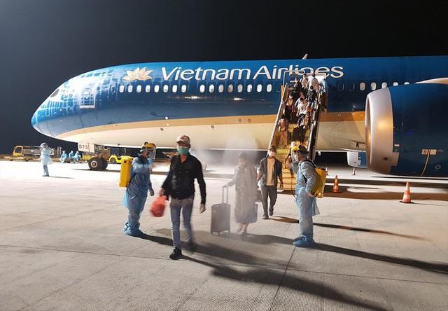 Chuyến bay giải cứu lao động tại Guinea Xích đạo hạ cánh ở Vân Đồn? - Ảnh 1.