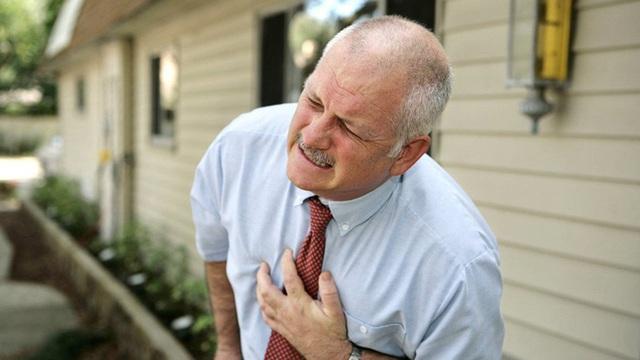 Cứ 3,5 người lại có 1 người bị huyết áp cao, BS khuyên nên ăn  2 nhiều 2 ít để cứu mạng - Ảnh 1.