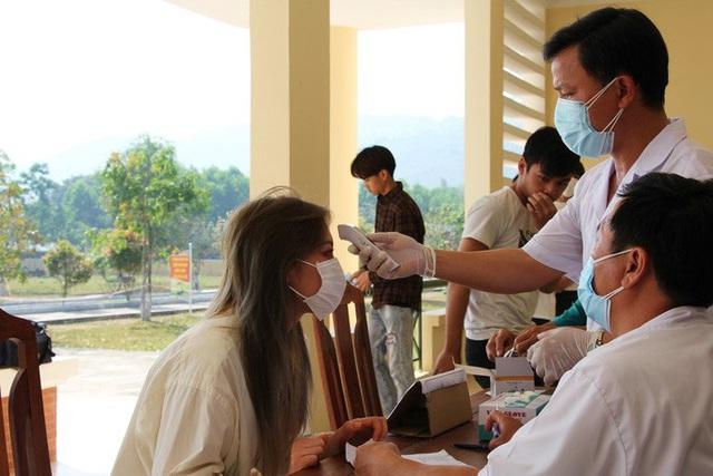 NÓNG: Bộ Y tế lên tiếng về ca nghi mắc Covid-19 tại Đà Nẵng, Bệnh viện C bị phong tỏa  - Ảnh 3.