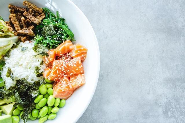 4 loại dinh dưỡng thiết yếu, cơ thể thiếu hụt sẽ suy giảm đề kháng nghiêm trọng: Bạn đã bổ sung đủ chưa? - Ảnh 1.
