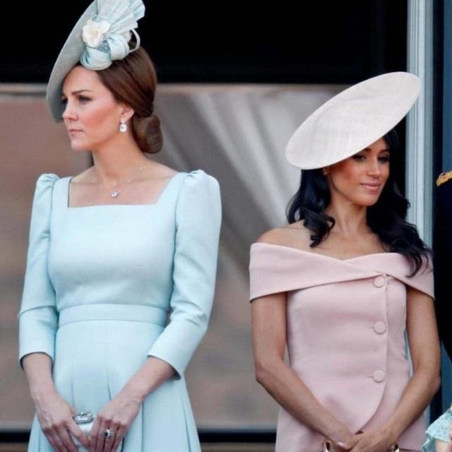 Một loạt bằng chứng cho thấy mối quan hệ rạn nứt giữa Công nương Kate với em dâu Meghan hoàn toàn có thật - Ảnh 1.