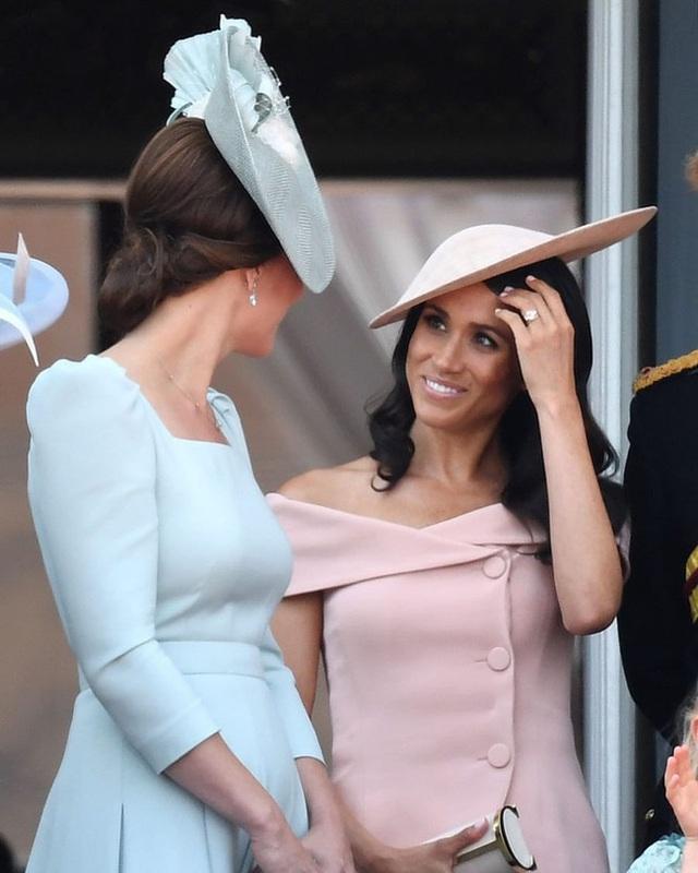 Một loạt bằng chứng cho thấy mối quan hệ rạn nứt giữa Công nương Kate với em dâu Meghan hoàn toàn có thật - Ảnh 2.