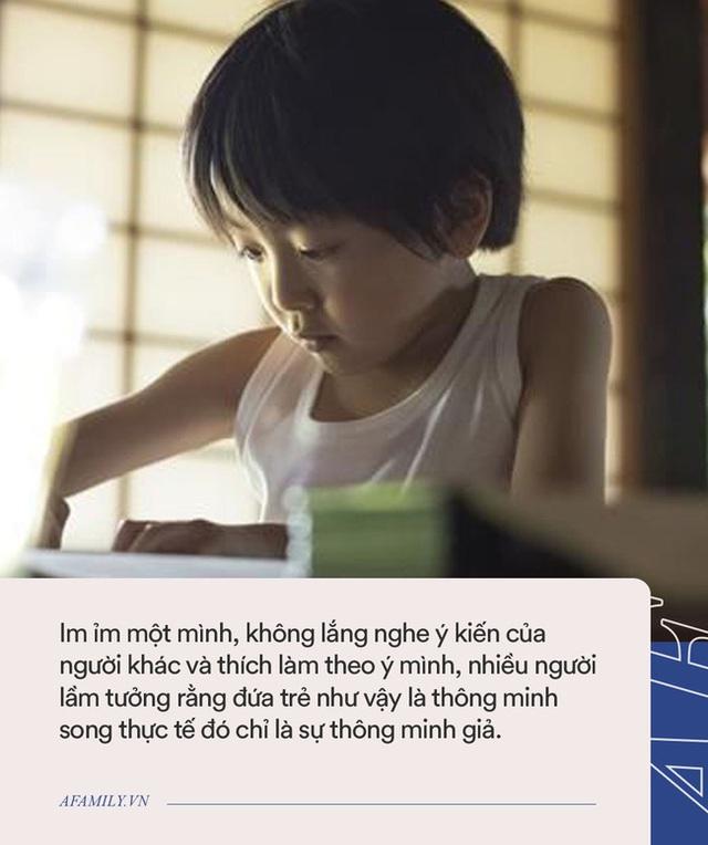 Trẻ có 4 hành vi dưới đây là thông minh giả, cha mẹ nên ngăn chặn kịp thời nếu phát hiện ra - Ảnh 2.