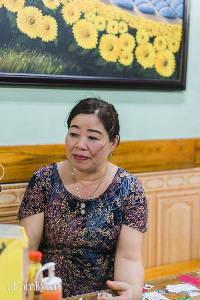 Bà chủ tiệm Bánh mì Phượng nói về 20 năm khiến bạn bè quốc tế ca ngợi ẩm thực Việt, nhưng khi thành công thì vô vàn điều tiếng ôi sao lại Tây hóa chiếc bánh của quê hương!? - Ảnh 1.
