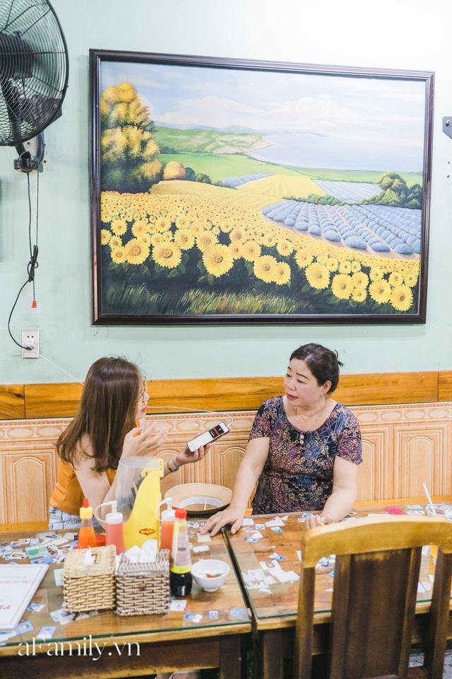 Bà chủ tiệm Bánh mì Phượng nói về 20 năm khiến bạn bè quốc tế ca ngợi ẩm thực Việt, nhưng khi thành công thì vô vàn điều tiếng ôi sao lại Tây hóa chiếc bánh của quê hương!? - Ảnh 16.