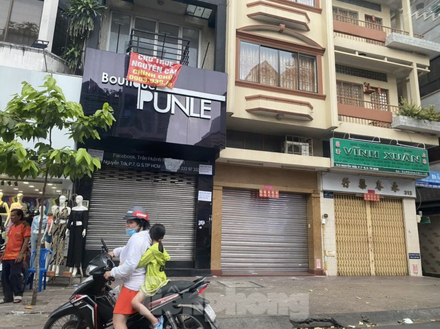 Nhà phố tiền tỷ thi nhau đóng cửa, treo biển cho thuê ở trung tâm Sài Gòn - Ảnh 5.
