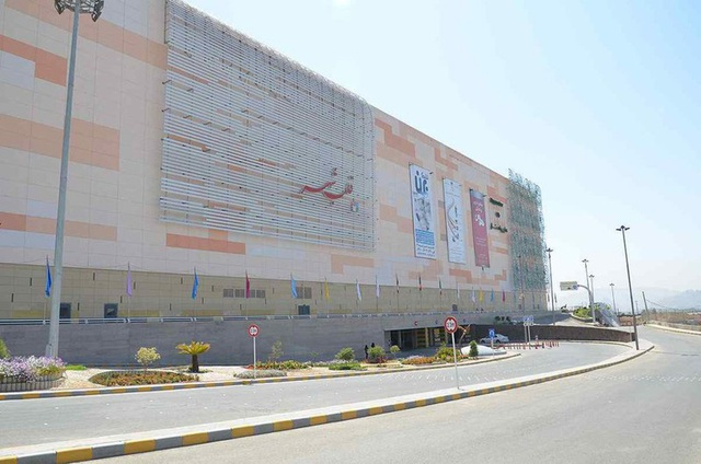 Điểm danh những trung tâm mua sắm rộng lớn nhất thế giới - Ảnh 10.