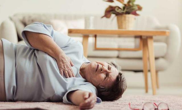 Nghiên cứu khoa học phát hiện lợi ích bất ngờ khi tiêm vắc-xin cúm đầy đủ: Có thể giúp giảm nguy cơ đau tim, đột quỵ tới 50% - Ảnh 1.