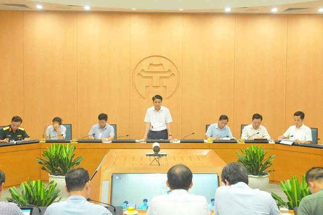 Chủ tịch Nguyễn Đức Chung: Test nhanh Covid-19 hơn 21.000 người về từ Đà Nẵng - Ảnh 1.