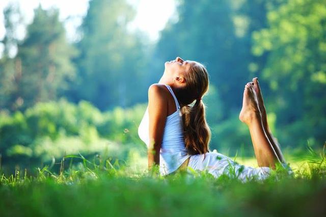 Thực hiện 8 thói quen đơn giản để giữ sức khỏe, giúp bạn tránh xa bệnh tật trong mùa Covid-19 - Ảnh 3.