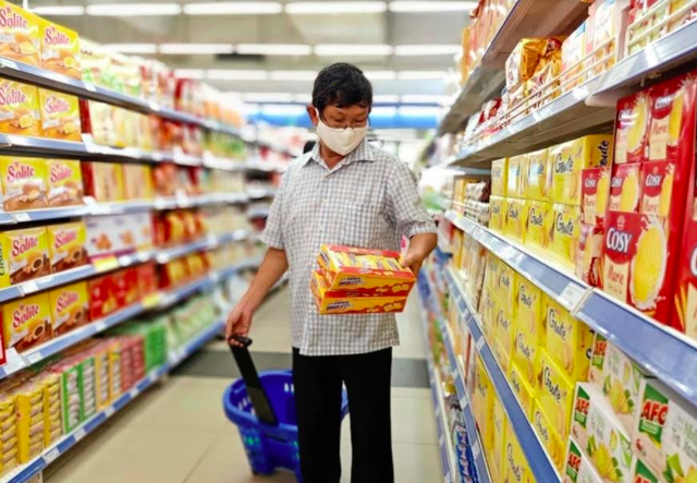 Hệ thống siêu thị BigC, Co.opmart kích hoạt chế độ chống dịch Covid-19: Cam kết đủ hàng, không tăng giá, tối đa hoá công suất giao hàng - Ảnh 2.