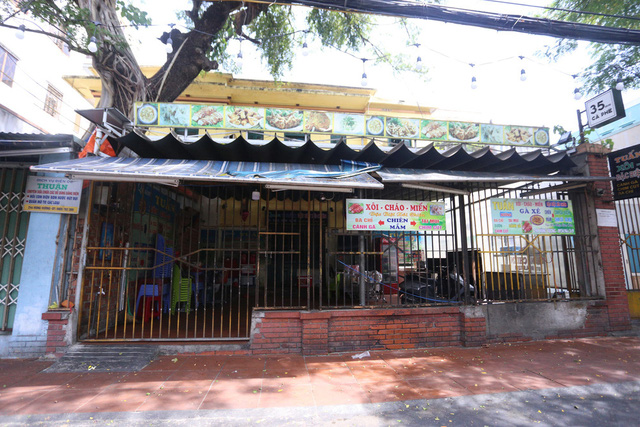 Chùm ảnh: Tất cả hàng quán ở Đà Nẵng chính thức đóng cửa, ngưng cả bán mang về từ 13 giờ chiều nay - Ảnh 16.