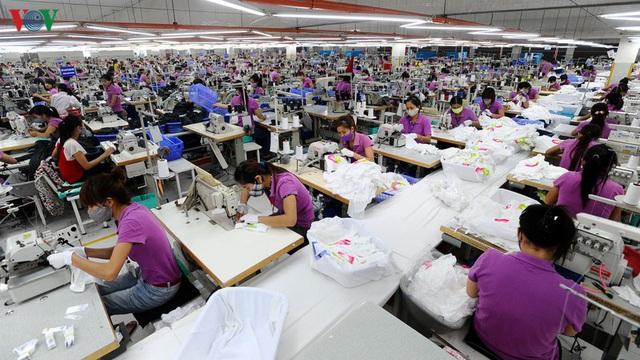 """Dệt may Việt Nam cần giải bài toán nguyên liệu để """"đón sóng"""" EVFTA - Ảnh 1."""