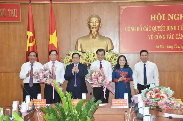 Bộ Chính trị điều động, phân công 2 Ủy viên Trung ương - Ảnh 1.