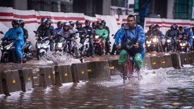 Dịch Covid-19 dẫn đến cơn sốt xe đạp ở Indonesia - Ảnh 1.