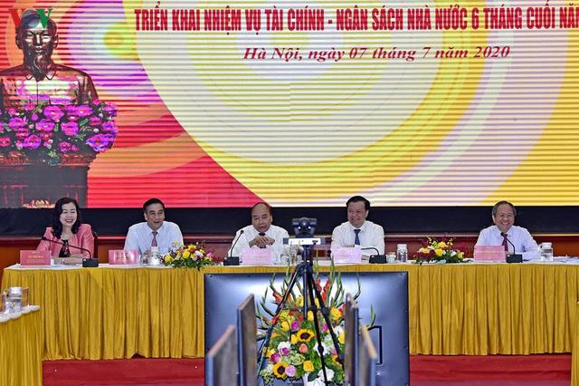 Thủ tướng yêu cầu ngành Tài chính không để cua cậy càng, cá cậy vây - Ảnh 2.