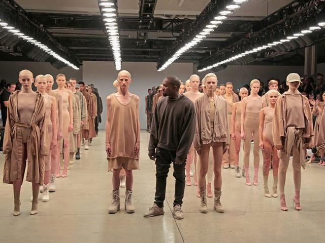 Kanye West – rapper vừa tuyên bố tranh cử tổng thống Mỹ giàu có như thế nào? - Ảnh 4.