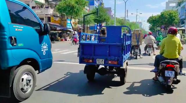 12 năm sau lệnh cấm, xe ba gác vẫn len lỏi khắp ngóc ngách Sài Gòn - Ảnh 2.